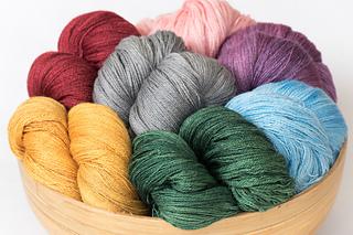 Arietta-hand-dyed-yarn_small2