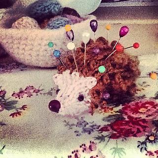 Hedgehog_pin_cushion_small2